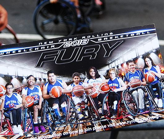 Summer Streets、子ども向け車椅子バスケの体験コーナー by New York Rolling Fury_b0007805_19083209.jpg