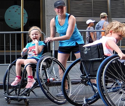 Summer Streets、子ども向け車椅子バスケの体験コーナー by New York Rolling Fury_b0007805_19100146.jpg