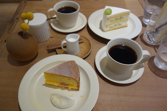 SIGNE COFFEEさんでヴィクトリアケーキ_e0230011_17231919.jpg