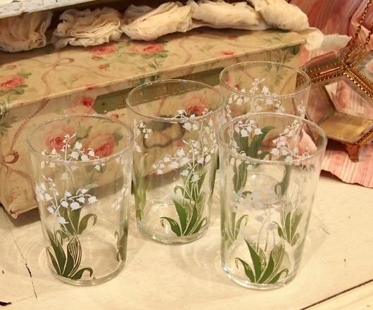 パリの蚤の市から池袋へ*スズランのグラス_c0094013_02191072.jpeg