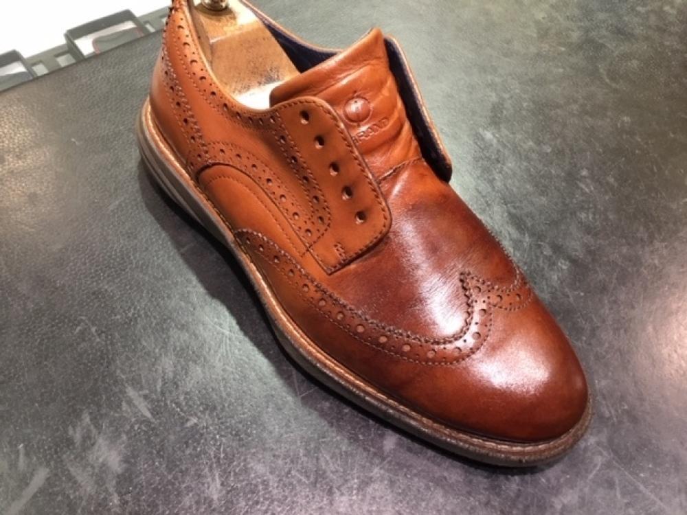 靴の色味より濃いクリームを使ってみました。(前篇)_b0226322_13335241.jpg