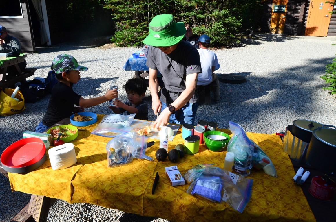 カナダで初キャンプ体験。三浦ファミリーと行く、レイクオハラキャンプの旅!_d0112928_04123416.jpg