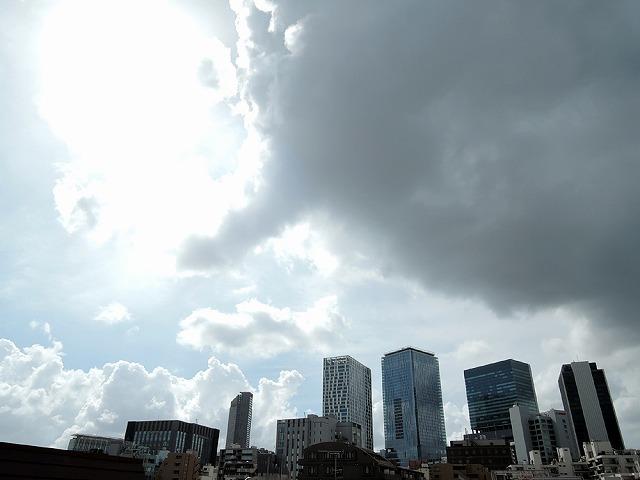 台風クロさん_c0062832_16093330.jpg