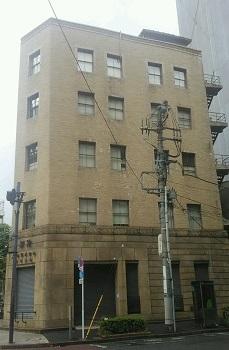 ビルの窓 神田(東京)_e0098739_10380892.jpg