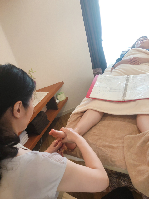 お盆期間も通常営業 台湾式リフレクソロジースクールのレッスン_f0140145_13513452.jpg