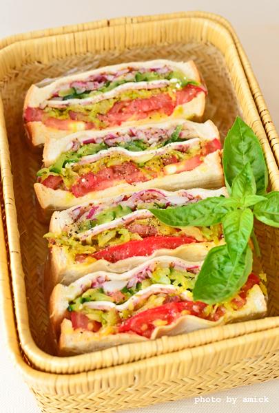 8月18日 日曜日 カレー風味キャベツ入りハムチーズサンドイッチ_b0288550_16540662.jpg