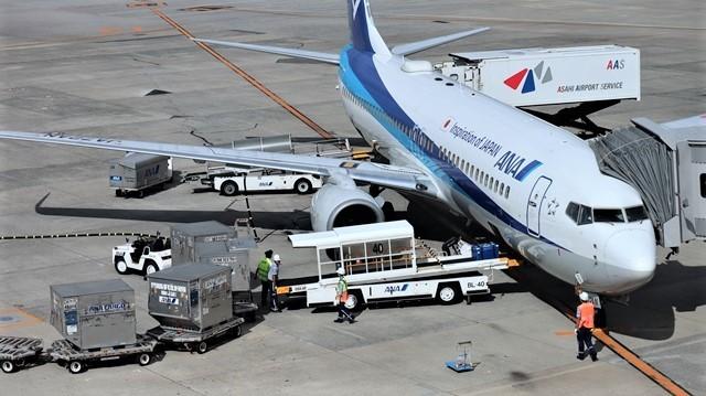 藤田八束の飛行場訪問@伊丹空港で飛び交う飛行機たち、伊丹空港のお弁当が美味し、空弁紹介_d0181492_20412875.jpg