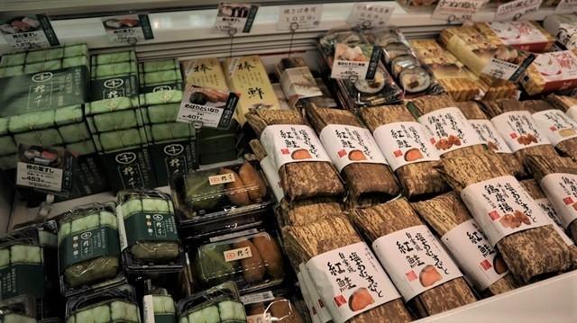 藤田八束の飛行場訪問@伊丹空港で飛び交う飛行機たち、伊丹空港のお弁当が美味し、空弁紹介_d0181492_20423930.jpg