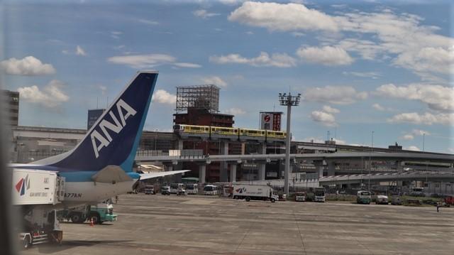 藤田八束の飛行場訪問@伊丹空港で飛び交う飛行機たち、伊丹空港のお弁当が美味し、空弁紹介_d0181492_20433280.jpg
