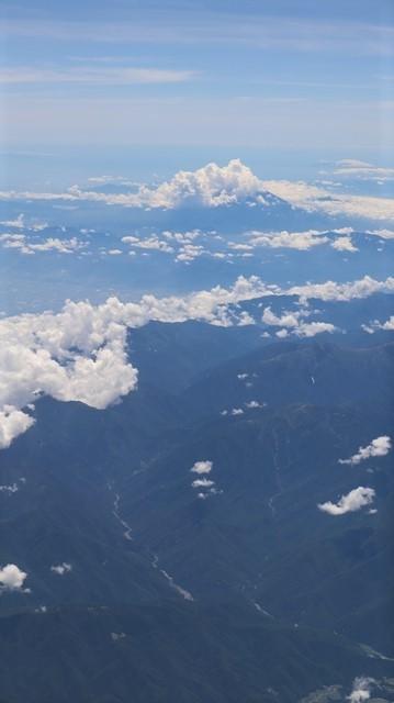 藤田八束の飛行機の魅力@ANAからの情景、飛行機から我が家が見える? 我が町西宮市も良いものだ、伊丹空港の魅力_d0181492_20501352.jpg