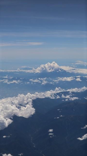 藤田八束の飛行機の魅力@ANAからの情景、飛行機から我が家が見える? 我が町西宮市も良いものだ、伊丹空港の魅力_d0181492_20502156.jpg