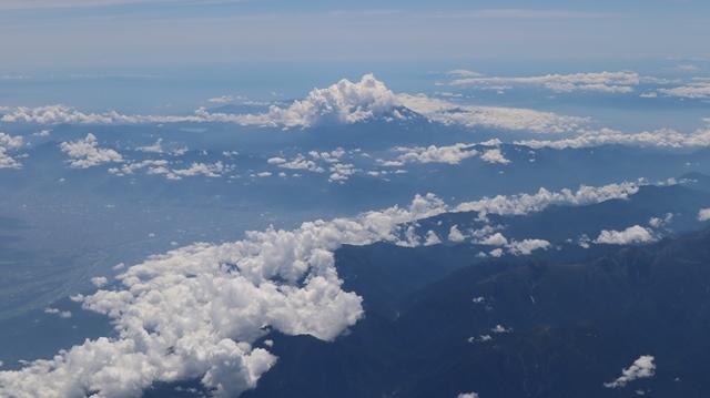 藤田八束の飛行機の魅力@ANAからの情景、飛行機から我が家が見える? 我が町西宮市も良いものだ、伊丹空港の魅力_d0181492_20502954.jpg