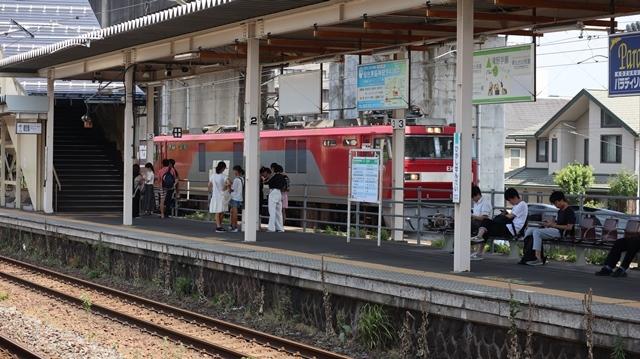 藤田八束の鉄道写真@日韓問題泥沼化する解決の糸口はいかに政治とはこんなにも難しいことか、貨物列車と東北本線東仙台にて_d0181492_20531049.jpg