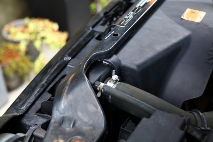 ラジエーター交換のKJと内装作業進行中のXJ_f0105425_16164037.jpg