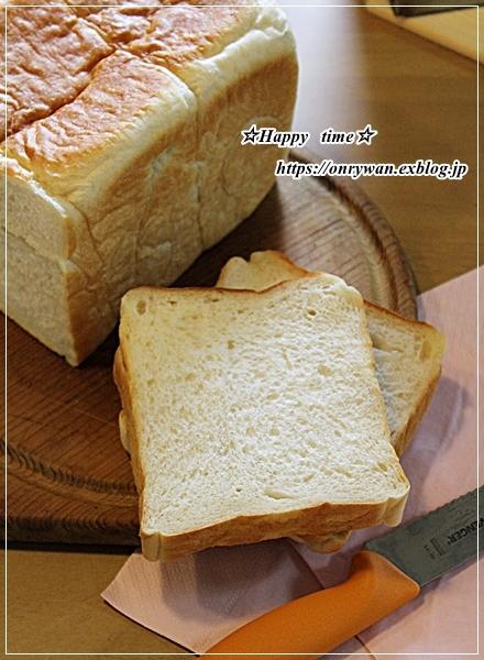 湯種食パンとリク♪_f0348032_16111743.jpg