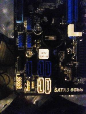 頭が痛いBIOSライティング_f0182936_03305642.jpg