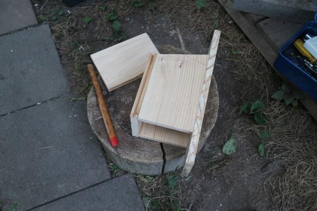 夏休みの工作 小鳥の巣箱作り_d0155147_11553233.jpg