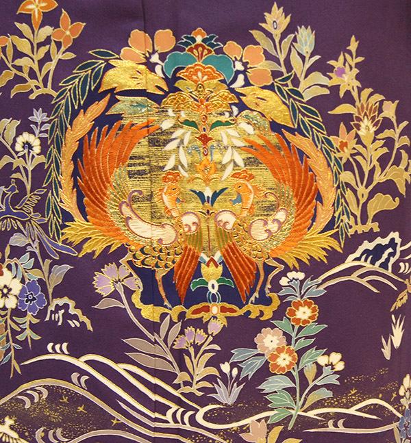 深い紫が映える、上質洗練の色留袖が入荷しました。_b0098077_19241795.jpg