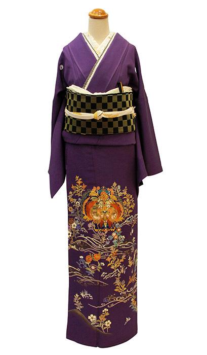 深い紫が映える、上質洗練の色留袖が入荷しました。_b0098077_19245075.jpg