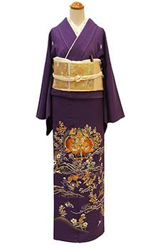 深い紫が映える、上質洗練の色留袖が入荷しました。_b0098077_19341662.jpg