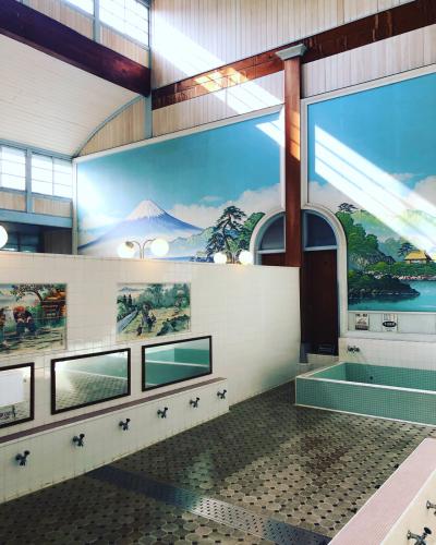 東京たてもの園にある銭湯。富士山の絵が懐かしい。_b0048834_09464761.jpg