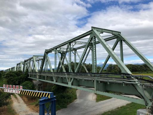 """寺、橋、そば、この中で一番見たかったのはと聞かれて""""橋""""と答える変人の帰省。_d0057843_16200284.jpg"""