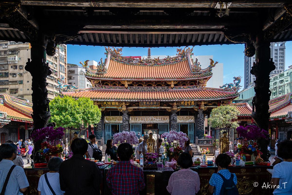 台湾 -8- 〜龍山寺〜_f0152550_15091231.jpg