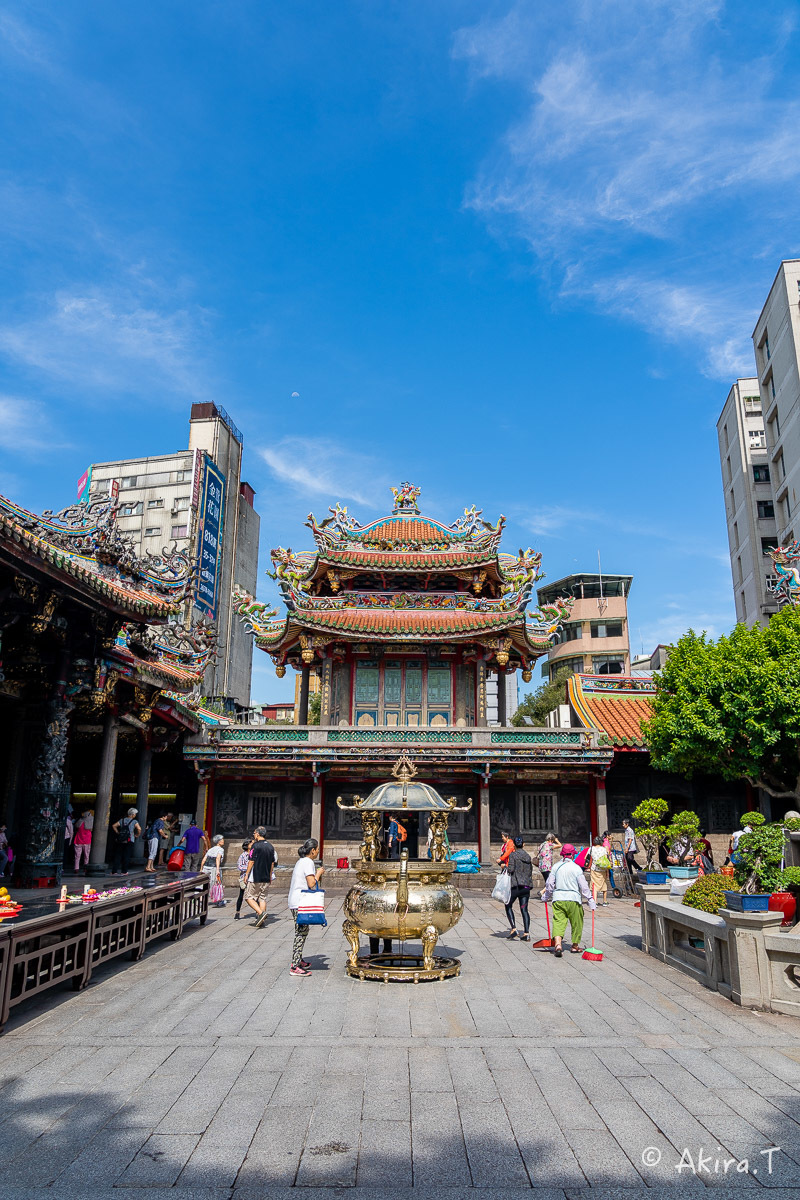 台湾 -8- 〜龍山寺〜_f0152550_15102480.jpg