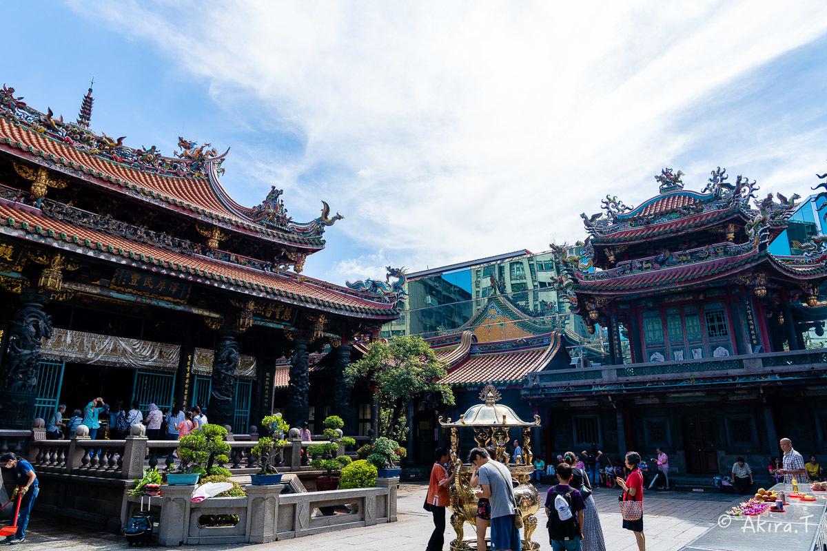 台湾 -8- 〜龍山寺〜_f0152550_15110632.jpg