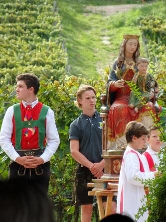 南チロルの聖母マリア被昇天記念日_f0161652_07221472.jpg