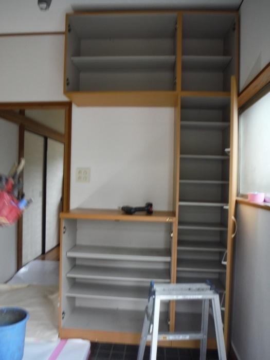 室内リフォーム ~ 廊下、階段クロス張り。_d0165368_04321337.jpg