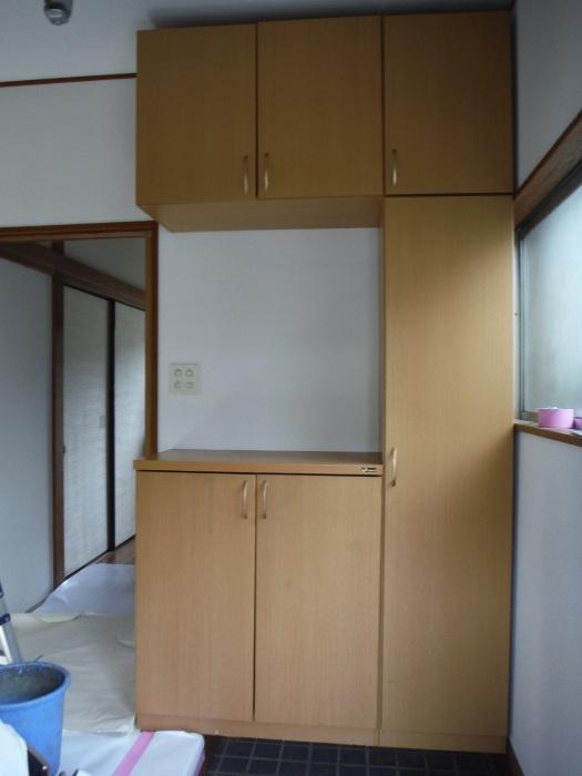 室内リフォーム ~ 廊下、階段クロス張り。_d0165368_04322540.jpg