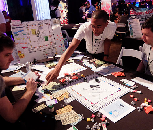 アメリカの人種や性の構造的差別を疑似体験できるボード・ゲーム、Inequality-opoly_b0007805_22182226.jpg