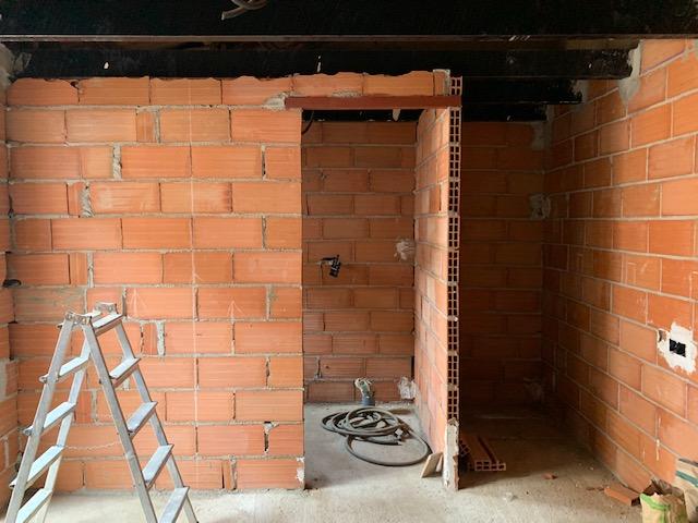 田舎の家はいよいよ修復工事_c0213220_5375979.jpg