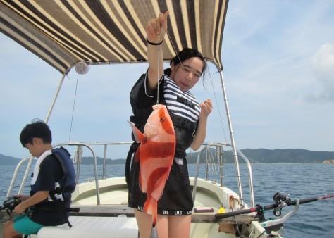 奄美の海遊び「青の洞窟・珊瑚礁・さかな釣り」_c0203337_20310304.jpg