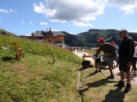 裏山のお祭り&ハイキング_f0161652_06102852.jpg