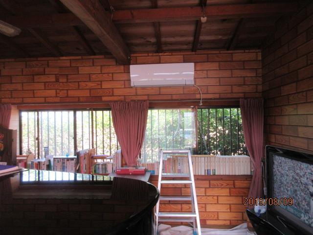 各お部屋のエアコン取り付け_d0244968_16501774.jpg