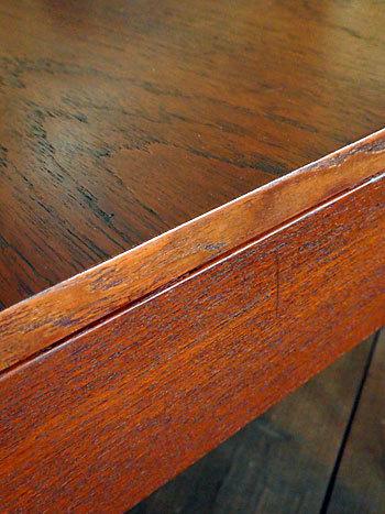 Sewing table_c0139773_13105827.jpg