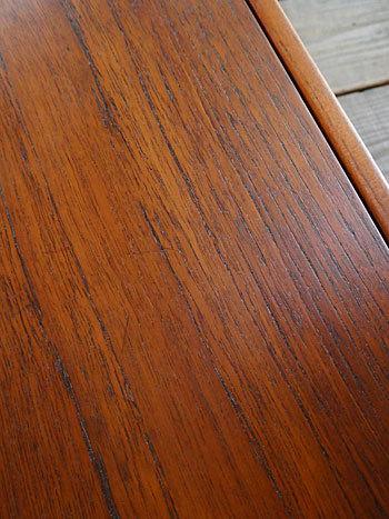 Sewing table_c0139773_13122019.jpg