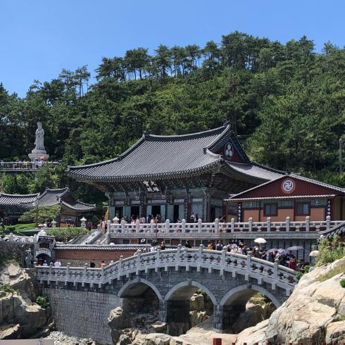 19年8月釜山 その4☆シティツアーバスで海辺に建つお寺へお参り_d0285416_18293376.jpg