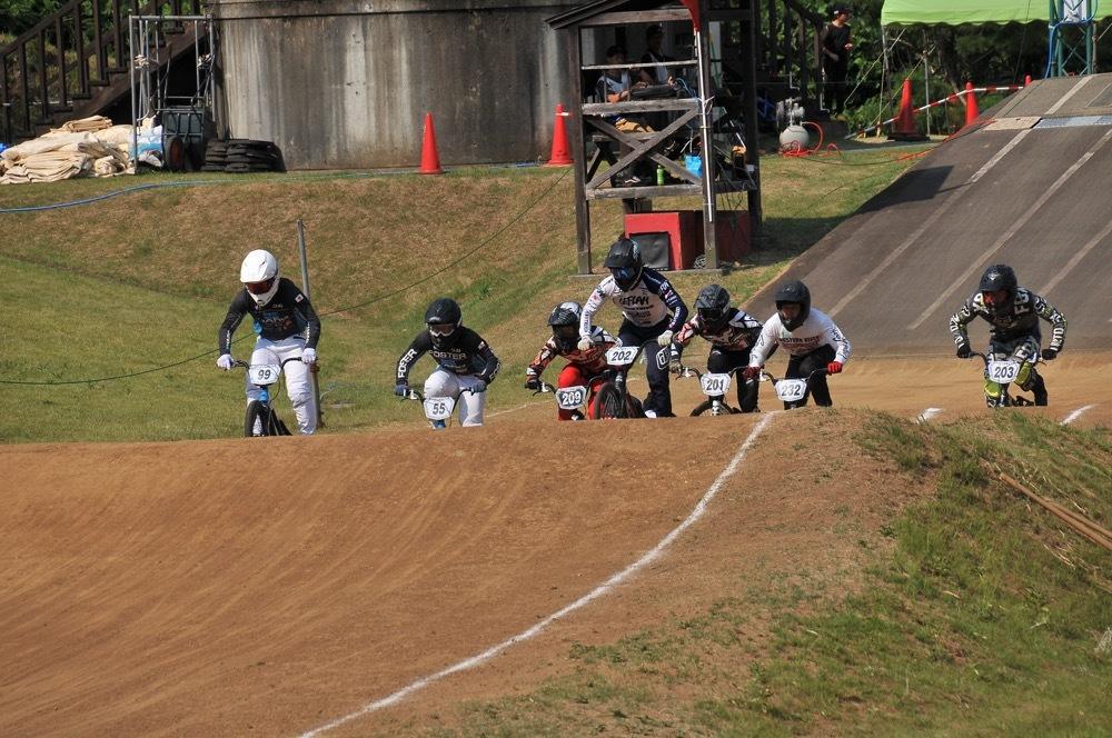 2019年8月17日上越金谷山BMXトラックで開催されたJBMXFJ2戦男子チャンピオシップクラス(エリート/ジュニア)決勝_b0065730_18084041.jpg