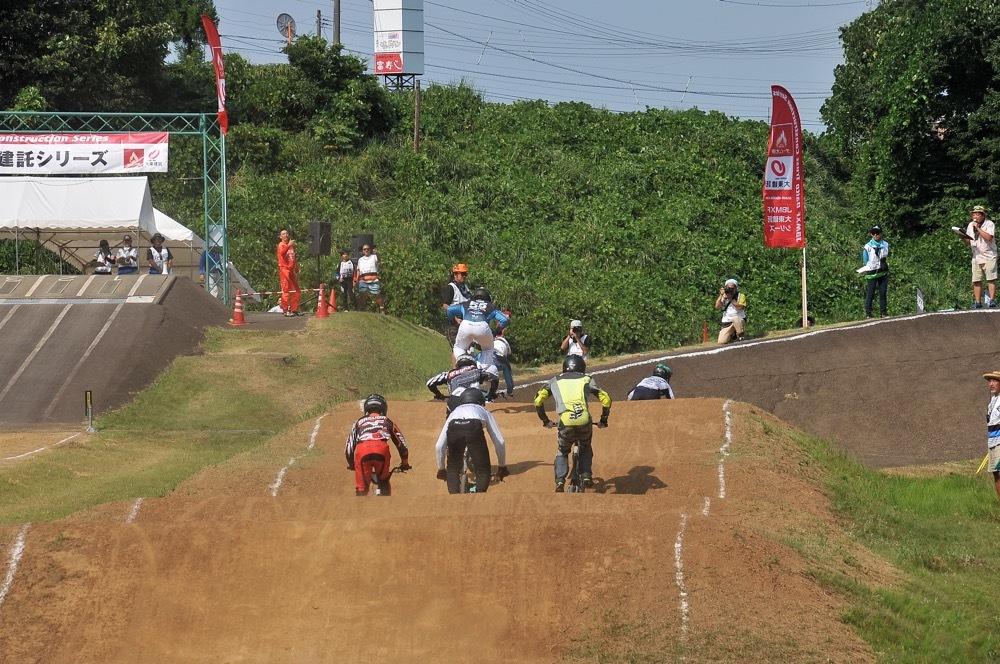 2019年8月17日上越金谷山BMXトラックで開催されたJBMXFJ2戦男子チャンピオシップクラス(エリート/ジュニア)決勝_b0065730_18135787.jpg