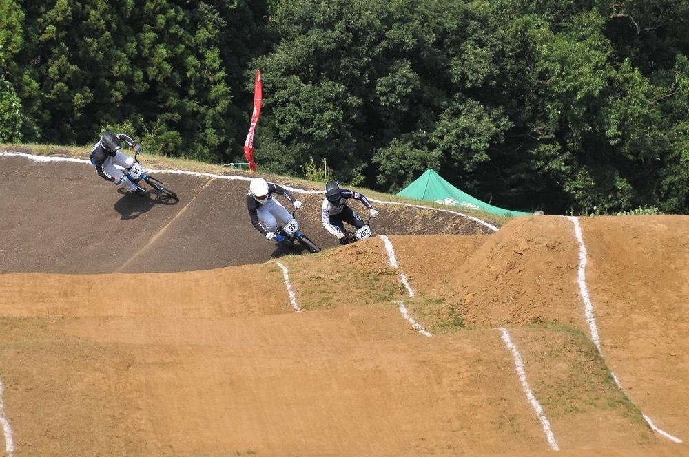 2019年8月17日上越金谷山BMXトラックで開催されたJBMXFJ2戦男子チャンピオシップクラス(エリート/ジュニア)決勝_b0065730_18150897.jpg