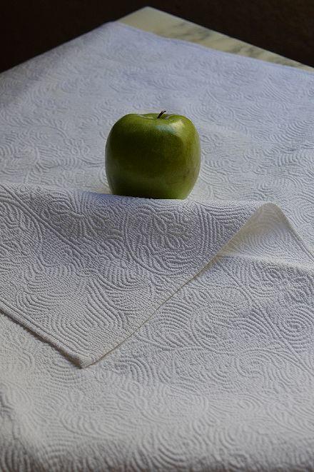 18世紀のマルセイユの極上白キルト「VERMICURE」_b0346275_09371413.jpg