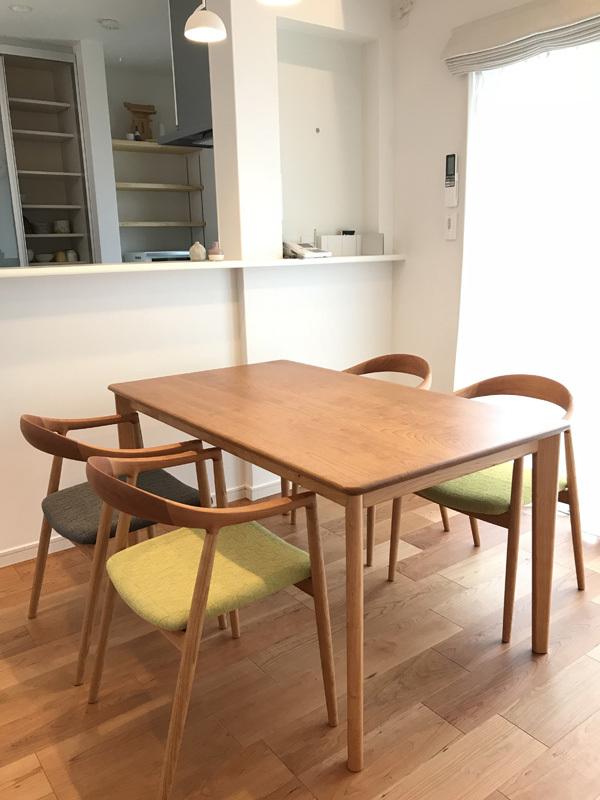 家具納品(椅子選びの形と素材)_f0264887_22160015.jpg