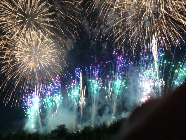 花火の写真は難しい_f0144003_21095244.jpg