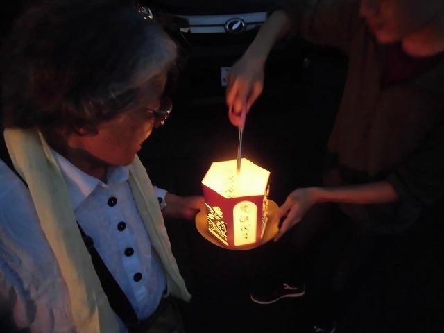 夏の最後の行事 毎年8月16日は「わきみず寺」(法雲寺)の「灯篭流し」_f0141310_06423061.jpg
