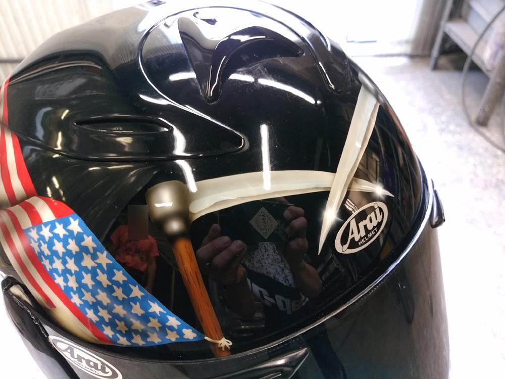 輩のカワサキ。ZX-10乗りのヘルメットとか。_d0130115_17185950.jpg