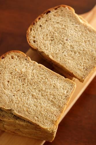 酒種でマルチシリアル食パン_a0165538_11271609.jpg