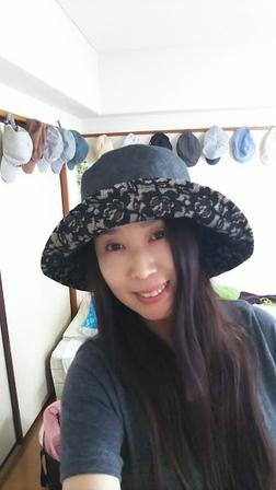 初めての手作り帽子、完成したよ~~~_f0043559_1226356.jpg